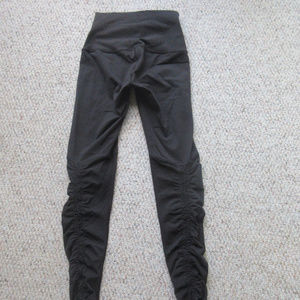 Lululemon Wunder Under Stirrup Black - Sz 2